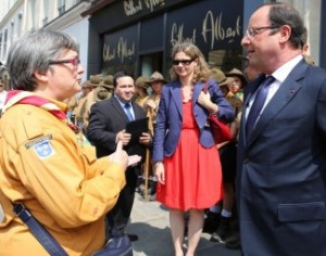 Florence-Perrin-Francois-Hollande-Photo-Marc-Perrin-325x256