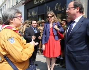 Florence-Perrin-Francois-Hollande-Photo-Marc-Perrin-325x256