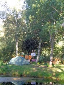 Le camp des routières, sur leur îlot.